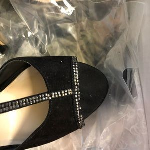 Guess Shoes - Guess suede shoes size 7 with crystals